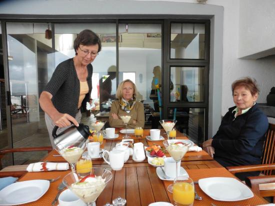 classicalView : Frühstück auf der Terrasse