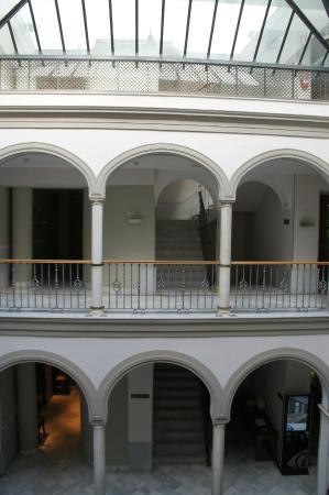 Petit Palace Marques Santa Ana : Lobby