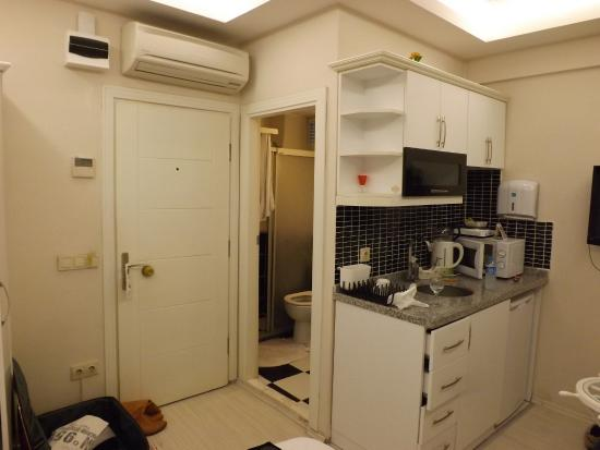 Lemon Residence: chambre.