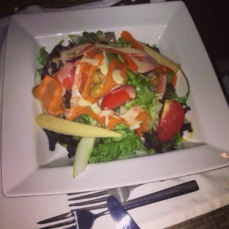 Royal Restaurant: Garden salad