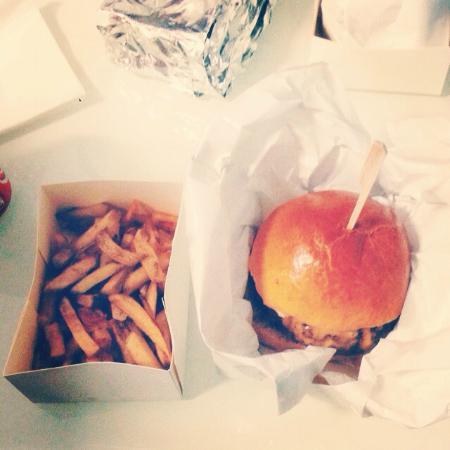 au comptoir du burger photo de le comptoir du burger brest tripadvisor. Black Bedroom Furniture Sets. Home Design Ideas