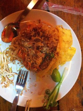 Oasis Sunset: Un pad thai vraiment délicieux!