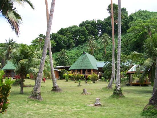 Daku Resort: front of resort