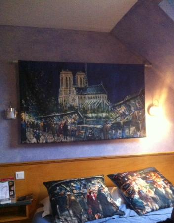 Ecole Centrale Hotel Paris : Camera in mansarda