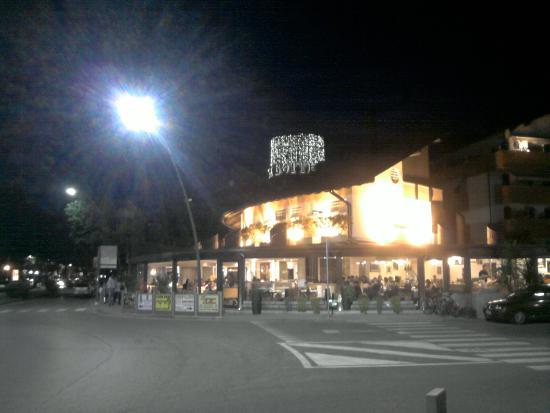 La Botte bei Nacht