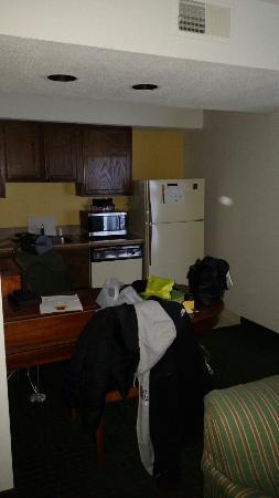 Hawthorn Suites By Wyndham Fishkill/Poughkeepsie Area: Kitchen area