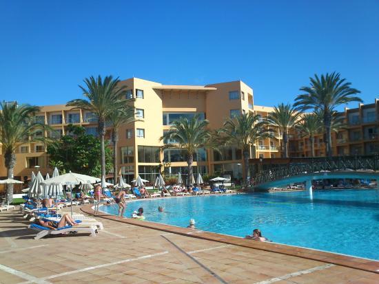 SBH Costa Calma Beach Resort : Hotel od strony plaży