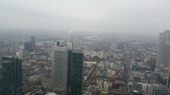 vista Main Tower stazione hbf
