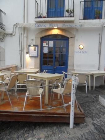 Casa Nun: Fachada convidativa do restaurante