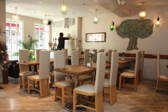 Organic Pizza House: inside of the restaurant