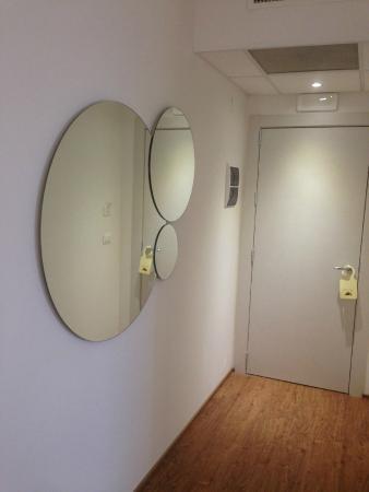 Hotel Piero Della Francesca : specchio
