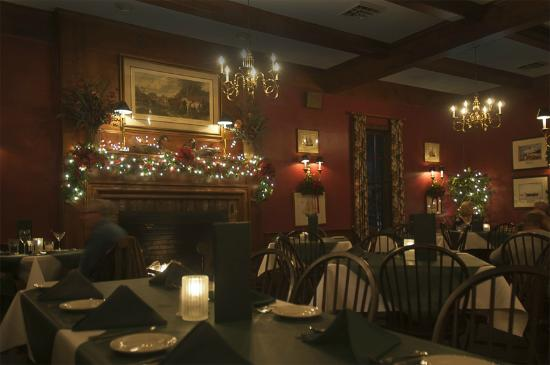 Clark's Inn : Gracious dining room with an excellent kitchen