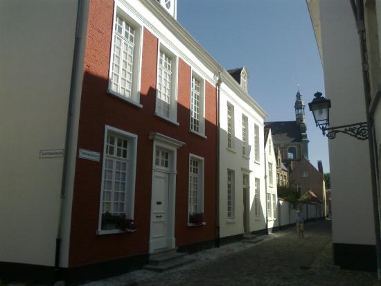 Begijnhof Lier: Sint-Thomas, een oude conventwoning