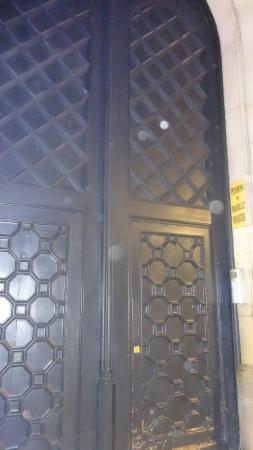 входная дверь металлическая на юзао