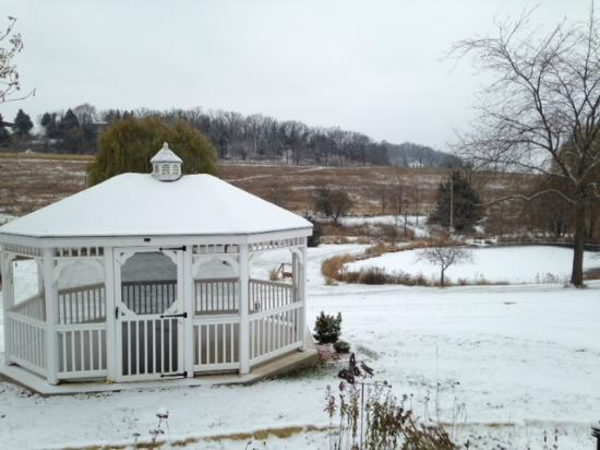 Hawk Valley Retreat & Cottages: First Snow 2014