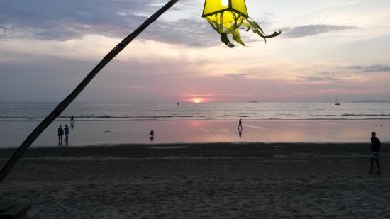 Khlong Dao Beach : Sunset