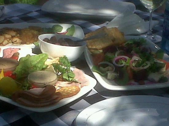 Montagu Country Hotel: Lovely picnic from the hotel's kitchen