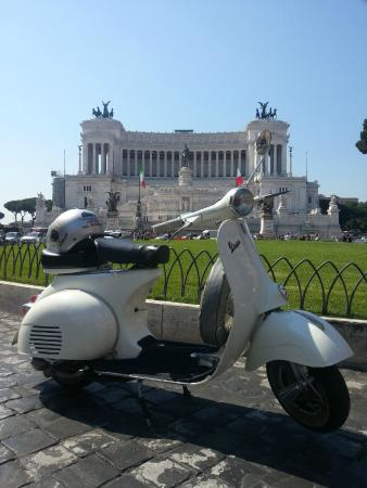 Eco Move Rent - Vespa Tours