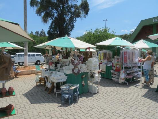 FEIRART - Feira de Decoracao e Artesanato do Horto Mercado Itaipava