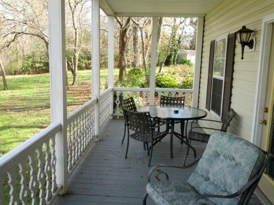 River House Inn: private porch over looking river came with Yacht Club  room