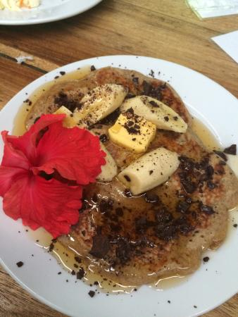 La Botanica Organica Cafe: The most amazing pancakes!