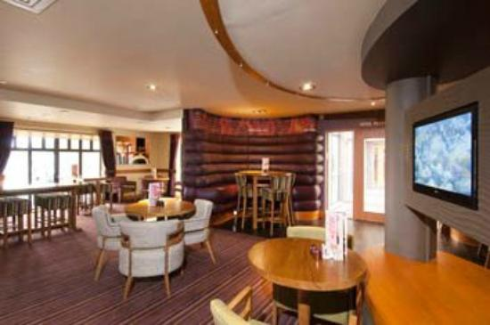 Premier Inn Dartford : Dartford Interior