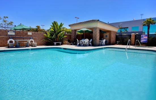 Holiday Inn Express Hotel Suites San Go Otay Mesa Photo