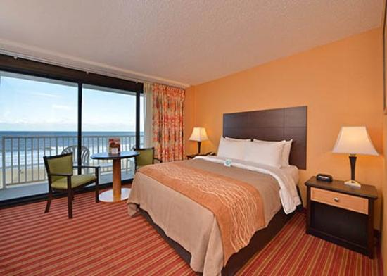 Comfort Inn & Suites Oceanfront Virginia Beach Photo