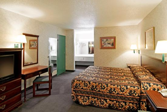 Americas Best Value Inn & Suites - Memphis / Graceland