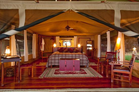 Larsens Camp (Kenya/Samburu National Reserve)