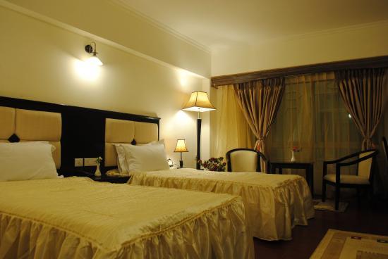 R.J. Resort: Guest Room