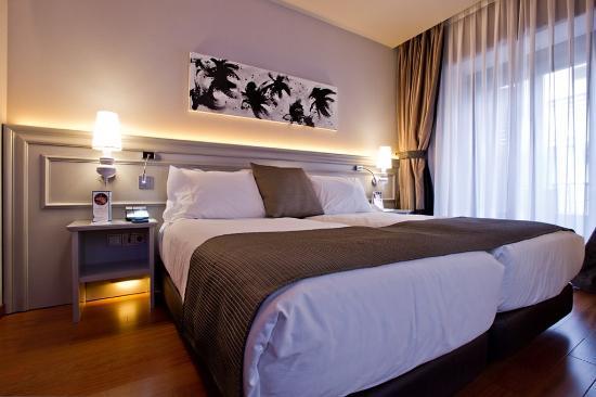 Hotel Preciados : ELMARCOROJO
