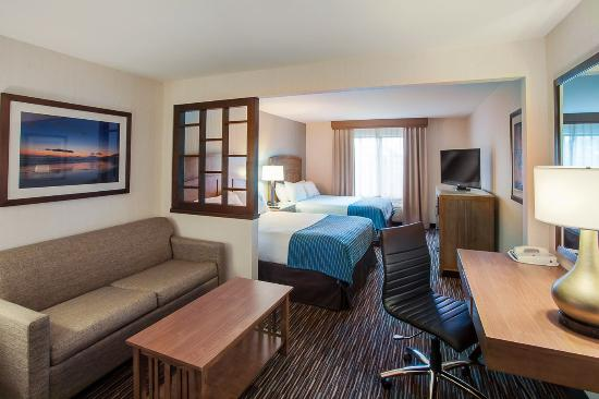 Photo of Holiday Inn Express Hotel & Suites Carpinteria