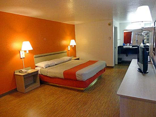 Motel 6 Gold Beach: MSingle