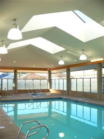 The Hospitality Inn: Heated Saltwater Pool
