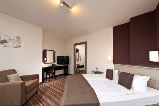 Photo of Leonardo Inn Hotel Hamburg Airport