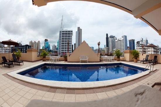 Hotel Coral Suites: Pool View