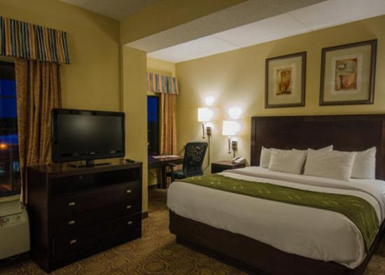 Photo of Comfort Suites Regency Park Cary