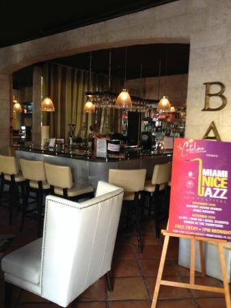 Hotel Shelley: Lobby bar