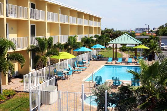 Treasure Bay Resort & Marina: Pool Area