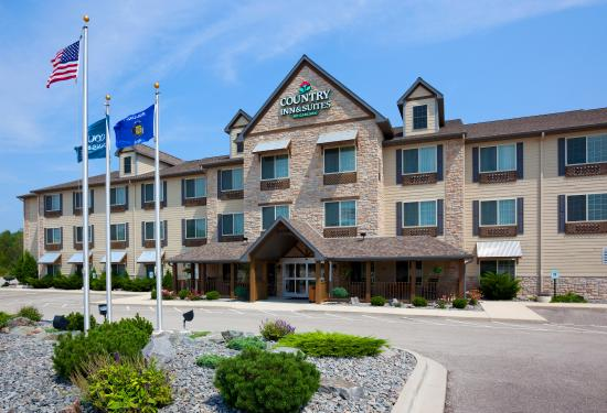 Country Inn & Suites By Carlson, Green Bay North: CountryInn&Suites Green Bay ExteriorDay