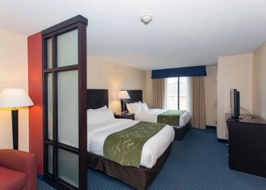 Photo of Comfort Suites East Lincoln