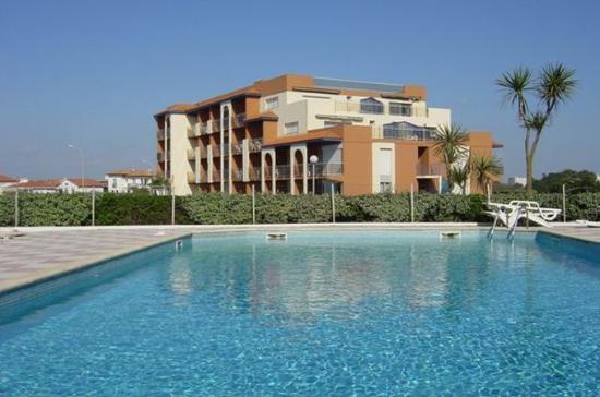 Maeva Résidence Mer et Golf : Pool View