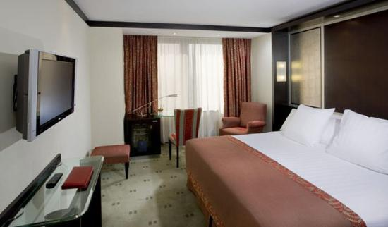 Melia Barcelona Sarria: Normal Melia Barcelona Std King Size Room
