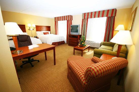 Hampton Inn & Suites Williamsburg Historic District Photo