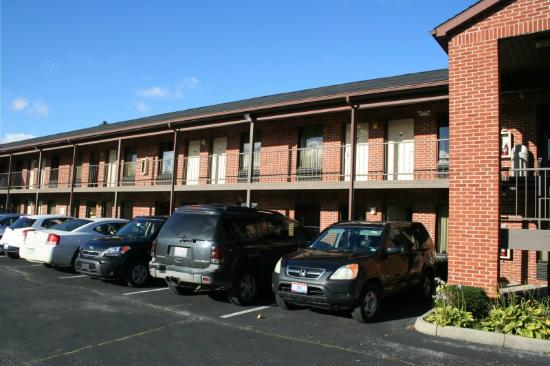 Econo Lodge Cedar Point: Hotel