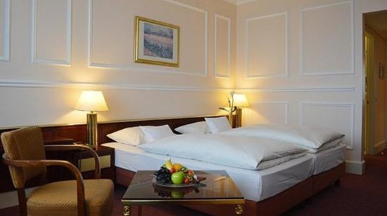 Guennewig Hotel Bristol