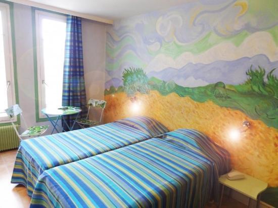 Photo of Hotel Roma Sacre Coeur Paris