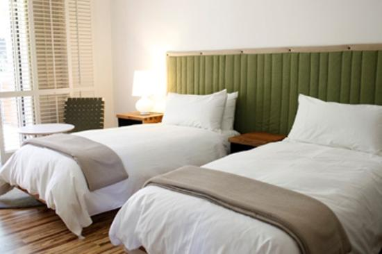 H2 Hotel: Twin Bed