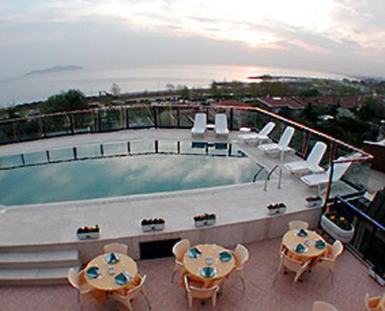 Elite Hotel Kucukyali: Pool